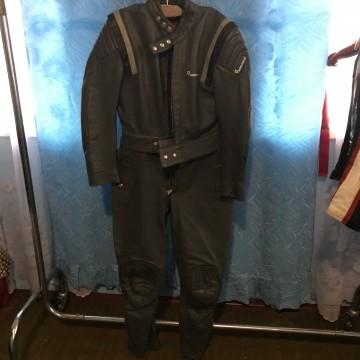 Мотокомбинезон HARRO кожаный раздельный
