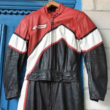 Мотокомбинезон Dainese  Спортивно-туристический раздельный кожаный