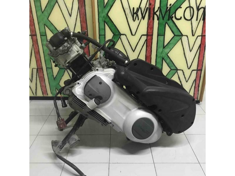 Двигатель Piaggio  2006год